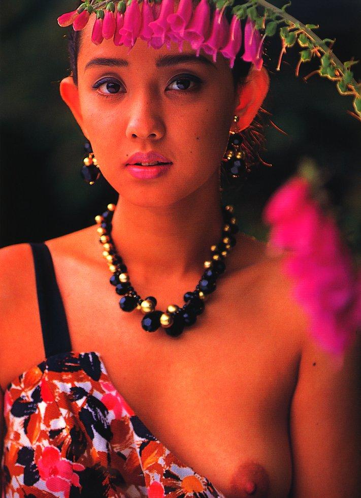 【原久美子お宝画像】アラフィフのベテラン女優が昔撮ったヌードが結構エロいw 59