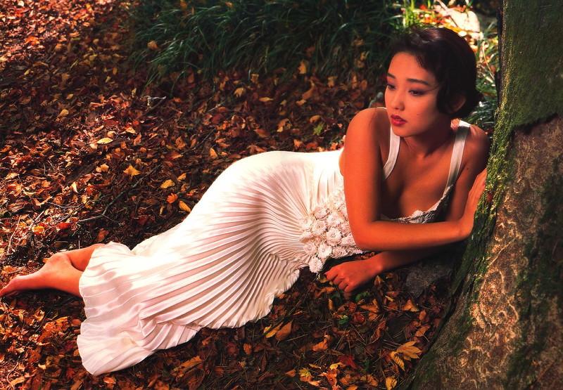 【原久美子お宝画像】アラフィフのベテラン女優が昔撮ったヌードが結構エロいw 79