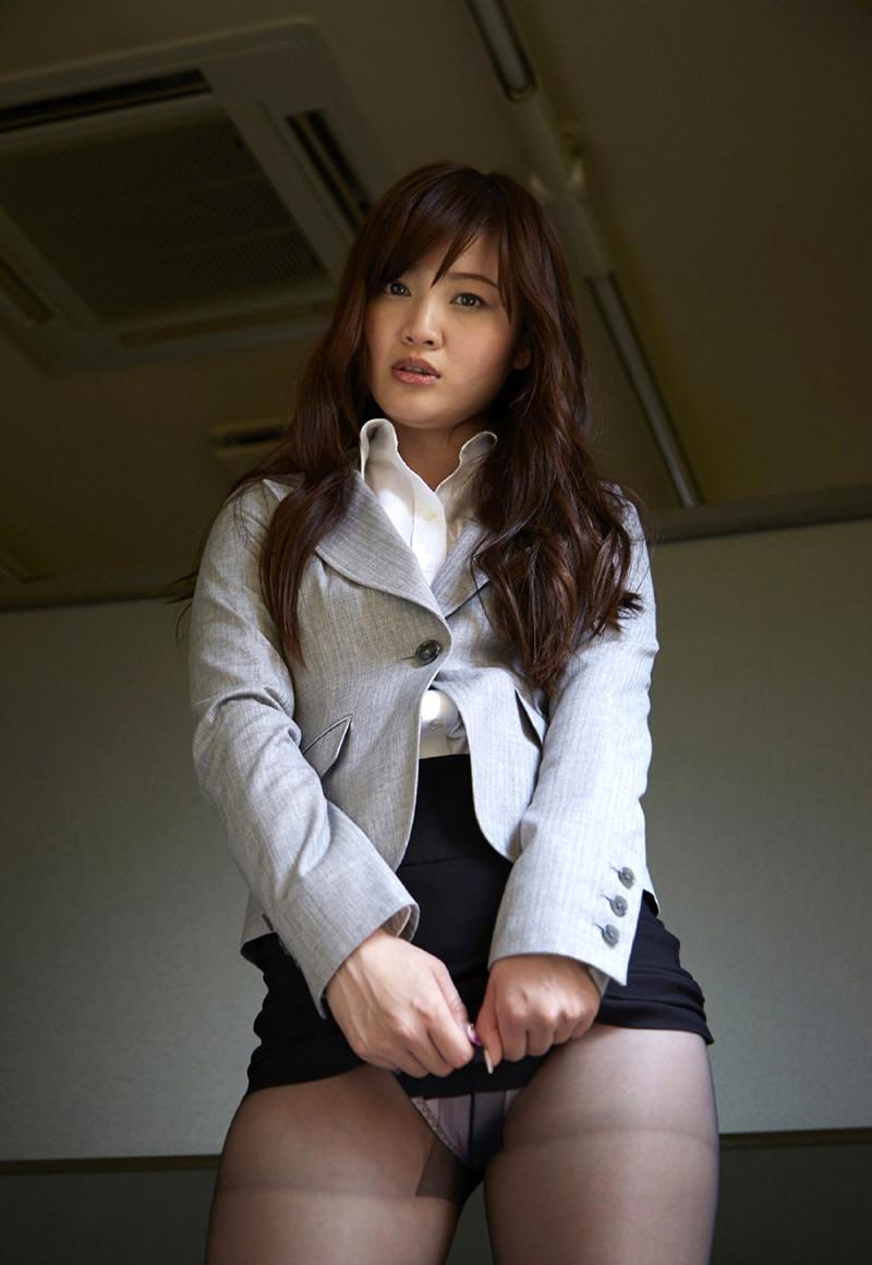【平林あずみグラビア画像】OLやってたグラビアアイドルにコスプレさせた結果wwww 13