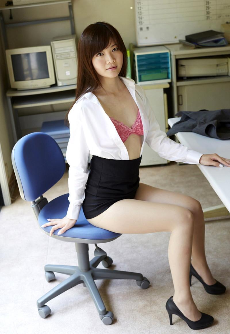 【平林あずみグラビア画像】OLやってたグラビアアイドルにコスプレさせた結果wwww 35