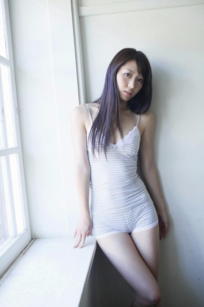 【広村美つ美グラビア画像】微乳スレンダーなお姉さんが好きな人にはハマりそうw 67