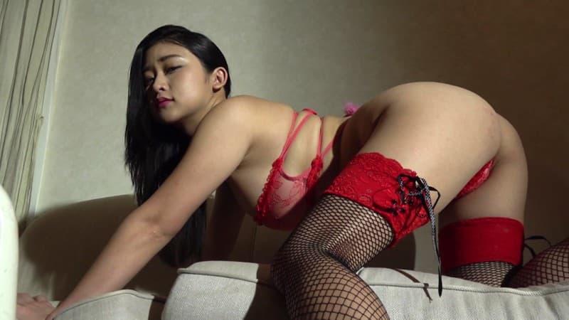 【深井彩夏エロ画像】イメージビデオで乳首を見せまくってたGカップ娘の現在は? 23