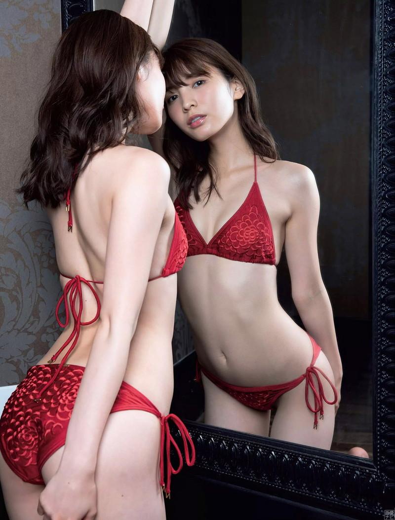 【ほのかグラビア画像】スリムボディがキレイでエロいグラビアモデルのビキニ写真! 72