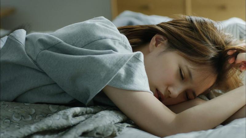 【本田翼お宝画像】YouTubeで配信もやっちゃう可愛い女優のちょっとHな出演シーン 56