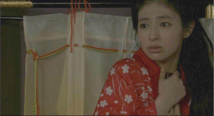 【日南響子キャプ画像】入浴シーンや猫耳コスプレそして乳首を見せてるお宝画像 30