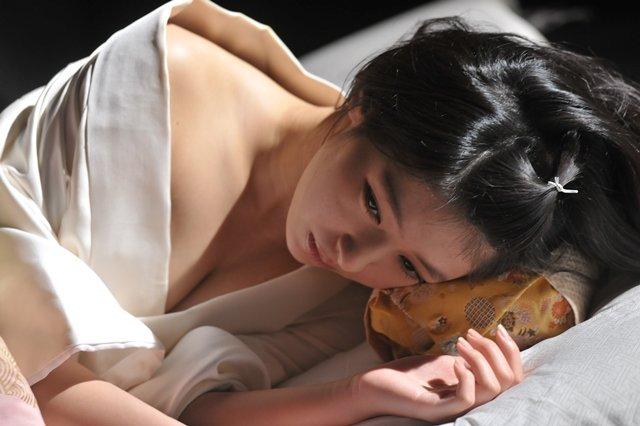 【日南響子キャプ画像】入浴シーンや猫耳コスプレそして乳首を見せてるお宝画像 55