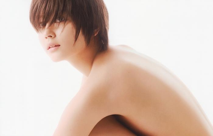 【堀北真希お宝画像】中2でスカウトされた美少女タレントの懐かしいグラビア写真