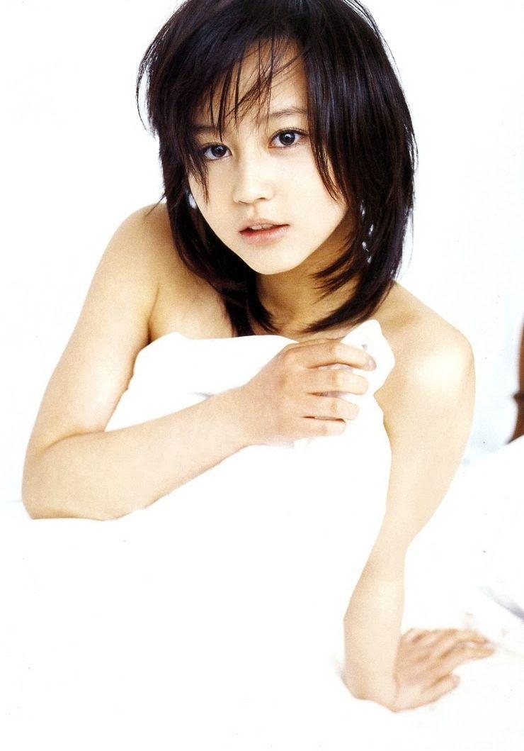 【堀北真希お宝画像】中2でスカウトされた美少女タレントの懐かしいグラビア写真 27