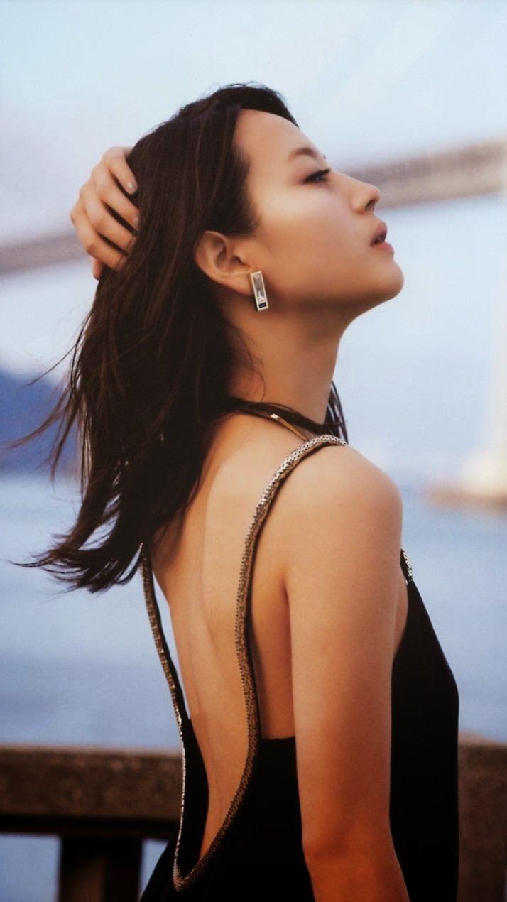 【堀北真希お宝画像】中2でスカウトされた美少女タレントの懐かしいグラビア写真 31
