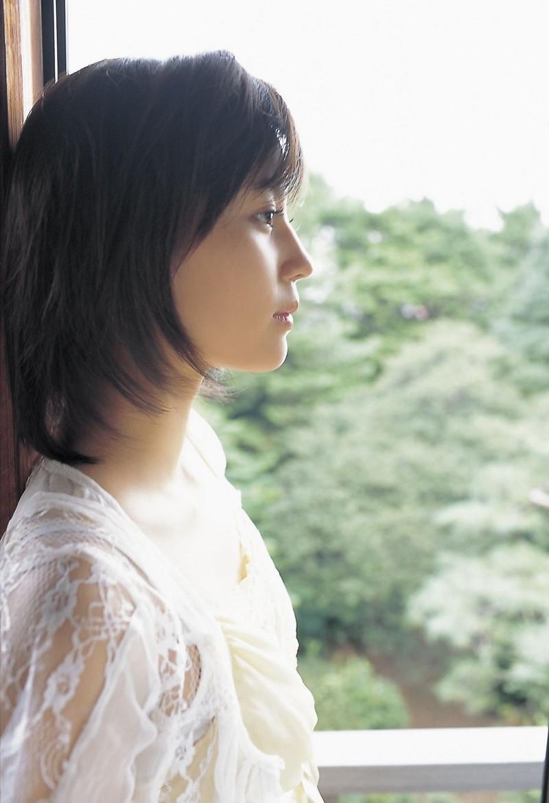 【堀北真希お宝画像】中2でスカウトされた美少女タレントの懐かしいグラビア写真 41