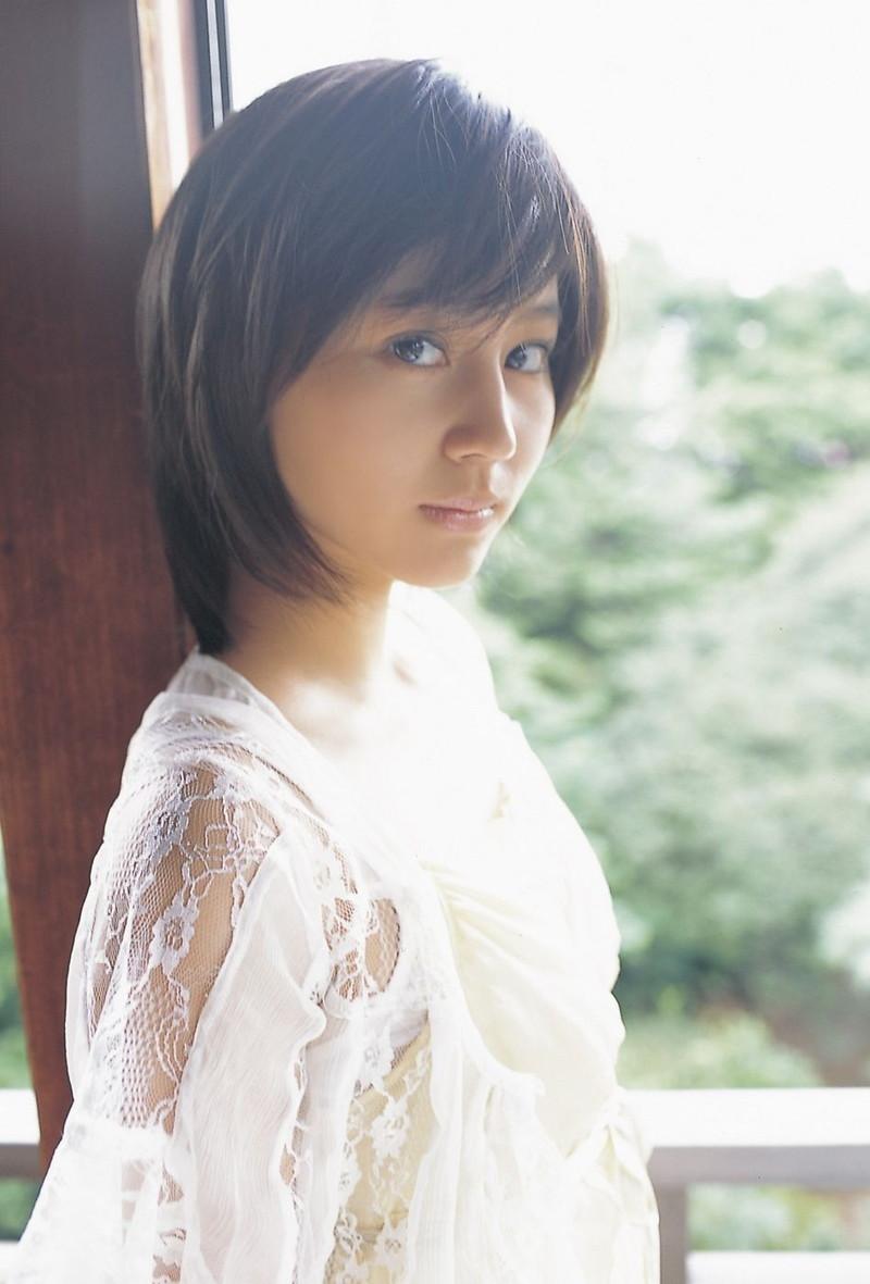 【堀北真希お宝画像】中2でスカウトされた美少女タレントの懐かしいグラビア写真 42