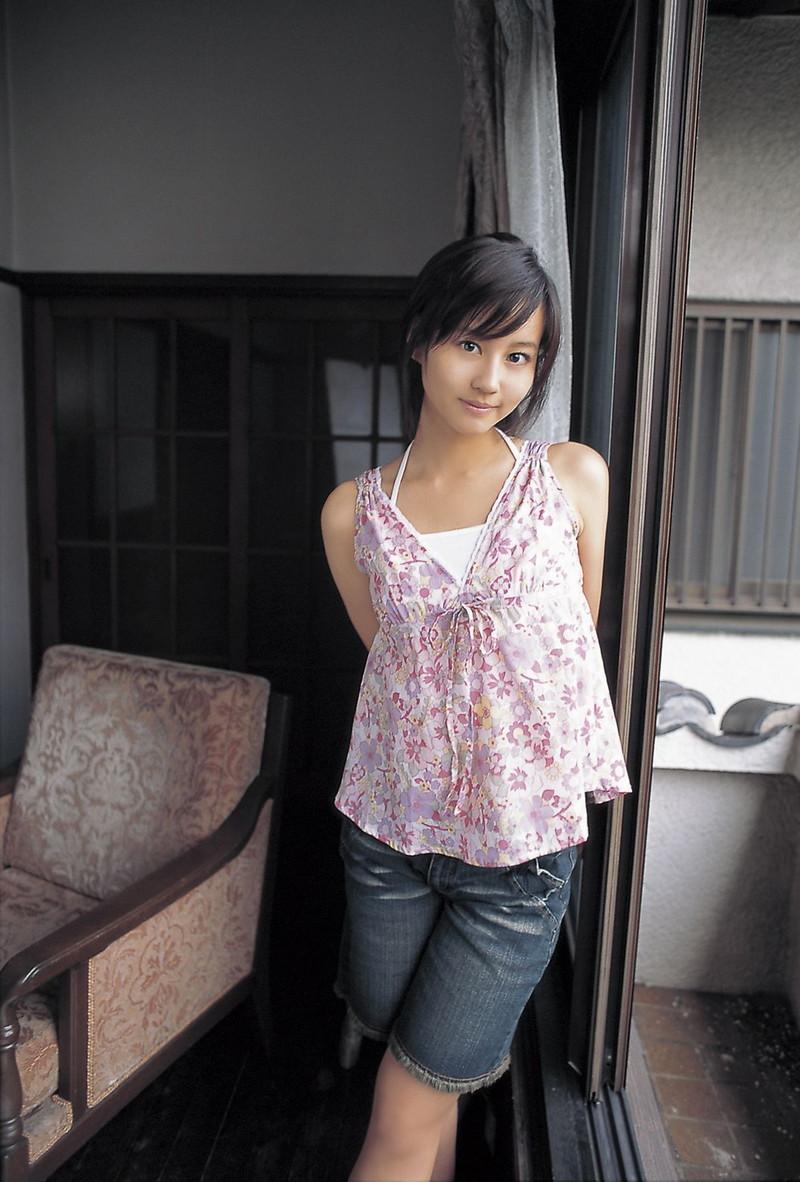 【堀北真希お宝画像】中2でスカウトされた美少女タレントの懐かしいグラビア写真 53