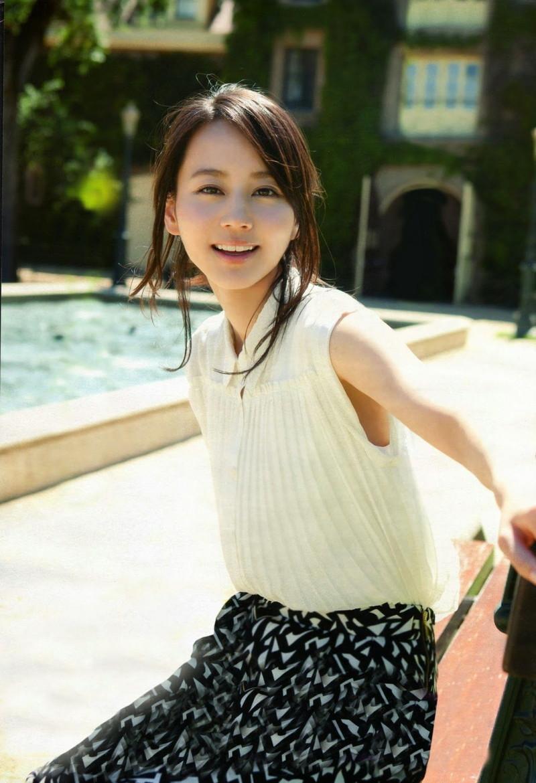 【堀北真希お宝画像】中2でスカウトされた美少女タレントの懐かしいグラビア写真 61