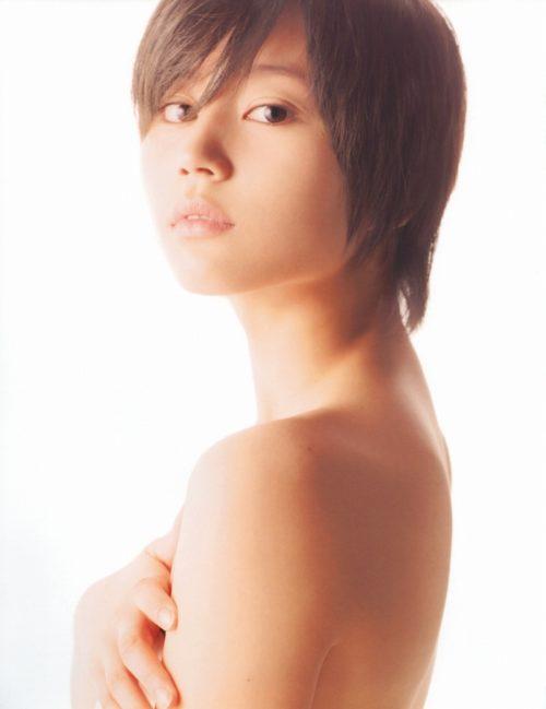 【堀北真希お宝画像】中2でスカウトされた美少女タレントの懐かしいグラビア写真 79