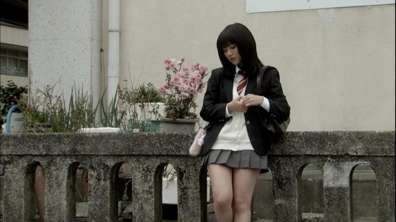 【真野恵里菜キャプ画像】元ハロプロアイドルのキス顔やパンチラアクションが萌えるw 40