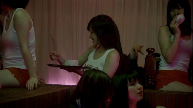 【真野恵里菜キャプ画像】元ハロプロアイドルのキス顔やパンチラアクションが萌えるw 47