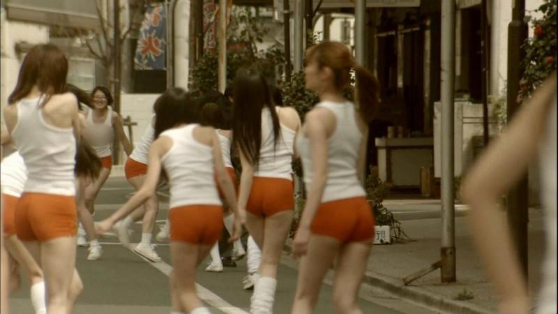 【真野恵里菜キャプ画像】元ハロプロアイドルのキス顔やパンチラアクションが萌えるw 54