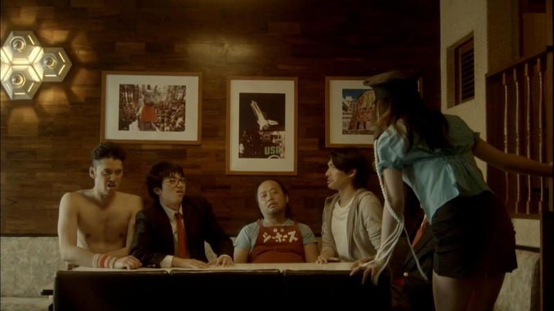 【真野恵里菜キャプ画像】元ハロプロアイドルのキス顔やパンチラアクションが萌えるw 67