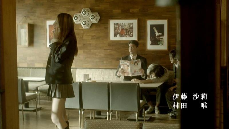 【真野恵里菜キャプ画像】元ハロプロアイドルのキス顔やパンチラアクションが萌えるw 70