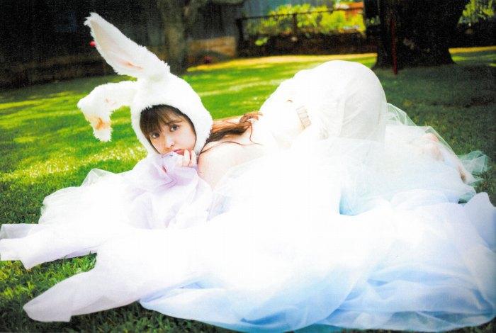 【松村沙友理グラビア画像】乃木坂46現役メンバーのちょっとセクシーな肌露出写真 05