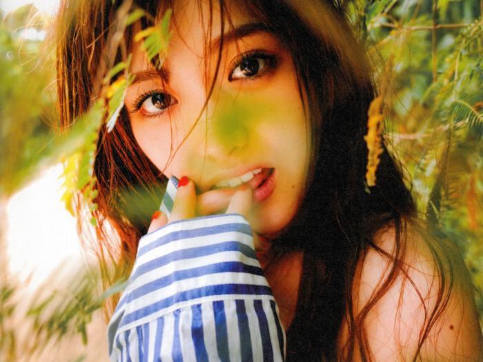 【松村沙友理グラビア画像】乃木坂46現役メンバーのちょっとセクシーな肌露出写真 18