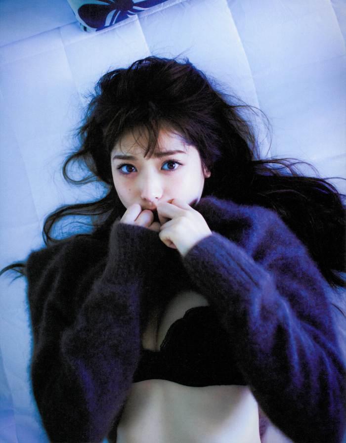 【松村沙友理グラビア画像】乃木坂46現役メンバーのちょっとセクシーな肌露出写真 42