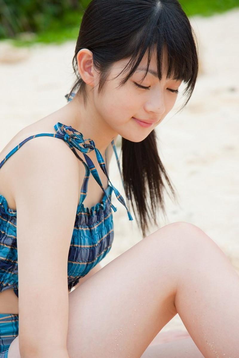 【前田憂佳お宝画像】折角メジャーデビューしたのにあっさり辞めた美少女アイドルw 37