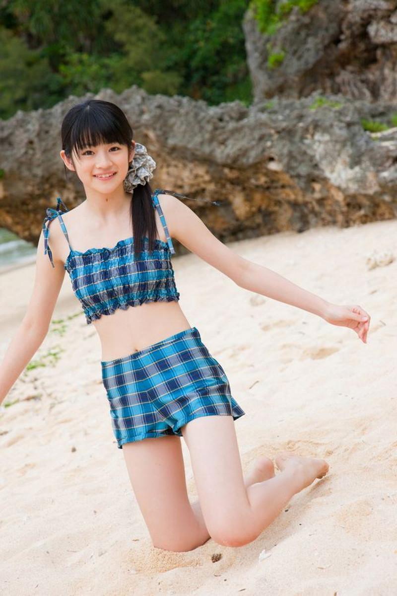 【前田憂佳お宝画像】折角メジャーデビューしたのにあっさり辞めた美少女アイドルw 39