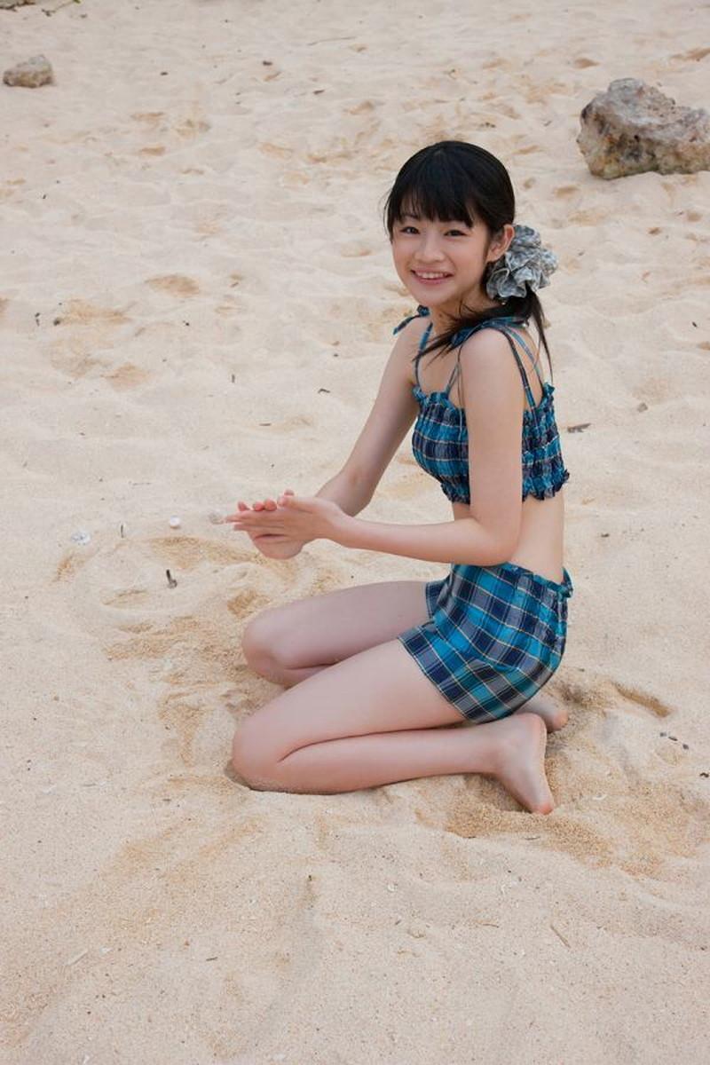 【前田憂佳お宝画像】折角メジャーデビューしたのにあっさり辞めた美少女アイドルw 40