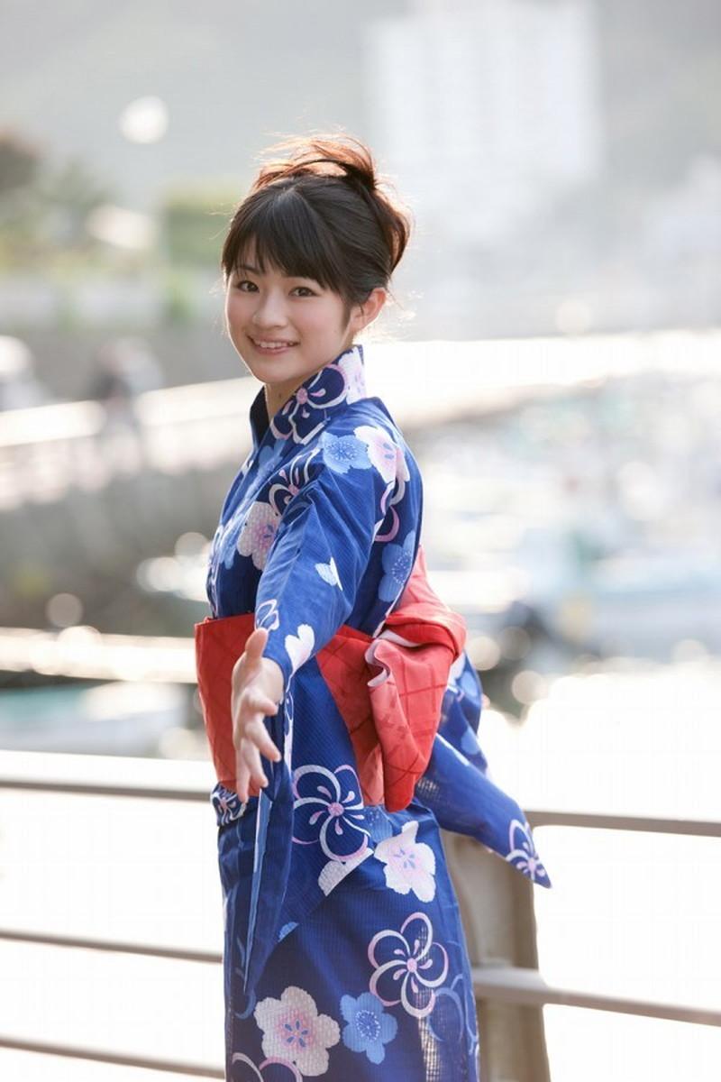 【前田憂佳お宝画像】折角メジャーデビューしたのにあっさり辞めた美少女アイドルw 74