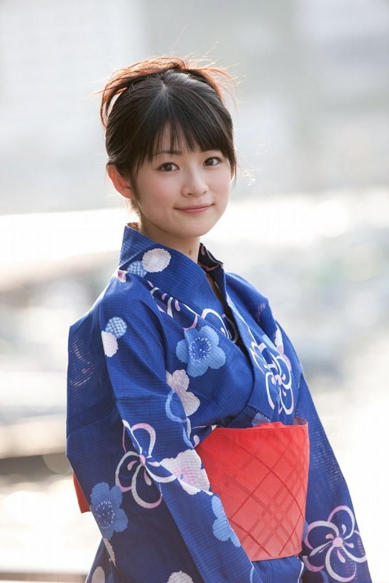【前田憂佳お宝画像】折角メジャーデビューしたのにあっさり辞めた美少女アイドルw 75