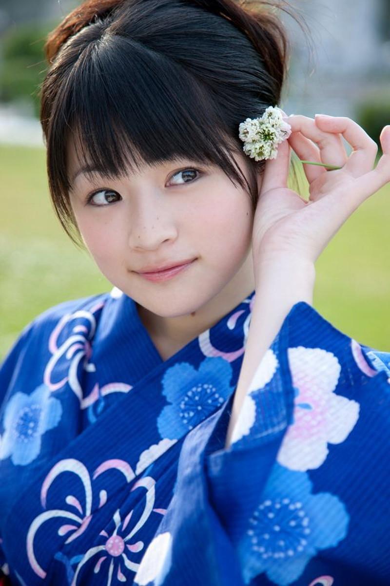 【前田憂佳お宝画像】折角メジャーデビューしたのにあっさり辞めた美少女アイドルw 80