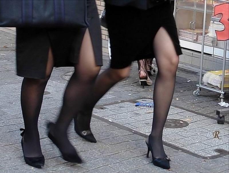 【OLパンストエロ動画】街を歩く制服OLのパンスト美脚を隠し撮り! 26