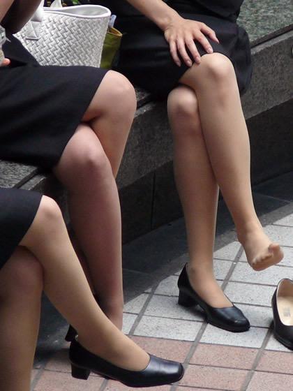 【OLパンストエロ動画】街を歩く制服OLのパンスト美脚を隠し撮り! 48