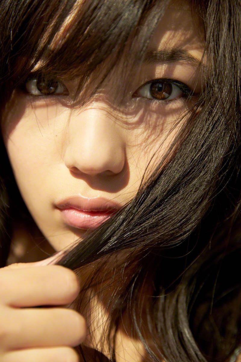 【川口春奈グラビア画像】今では水着姿を見せなくなった女優の貴重なビキニ姿 37