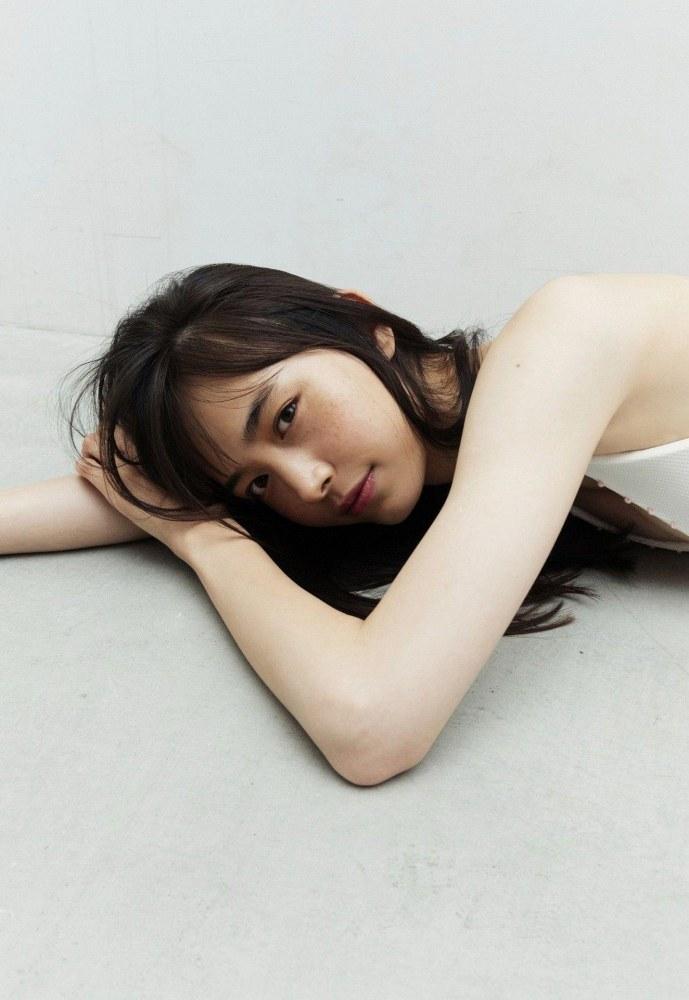 【井桁弘恵グラビア画像】仮面ライダーゼロワンでメインキャストに抜擢された美人女優 15