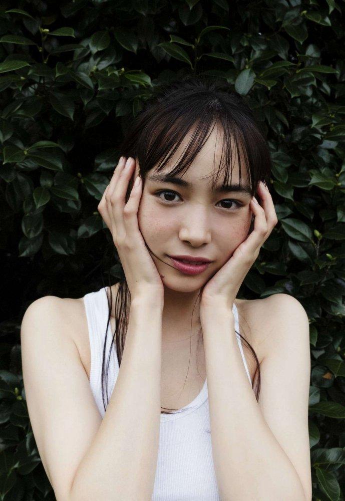 【井桁弘恵グラビア画像】仮面ライダーゼロワンでメインキャストに抜擢された美人女優 18