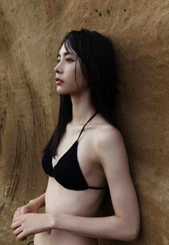 【井桁弘恵グラビア画像】仮面ライダーゼロワンでメインキャストに抜擢された美人女優 24