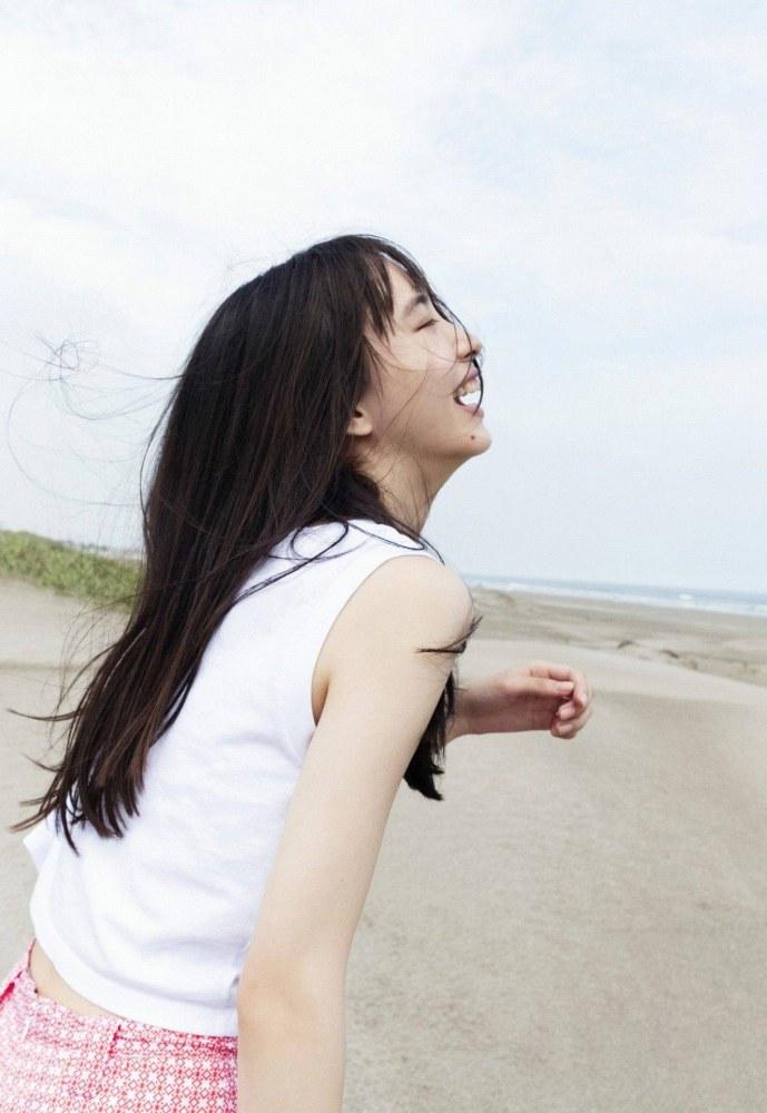 【井桁弘恵グラビア画像】仮面ライダーゼロワンでメインキャストに抜擢された美人女優 27