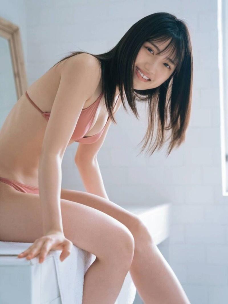 【村山彩希グラビア画像】子役スタートの女子がAKB48アイドルになり今やキャプテン! 10