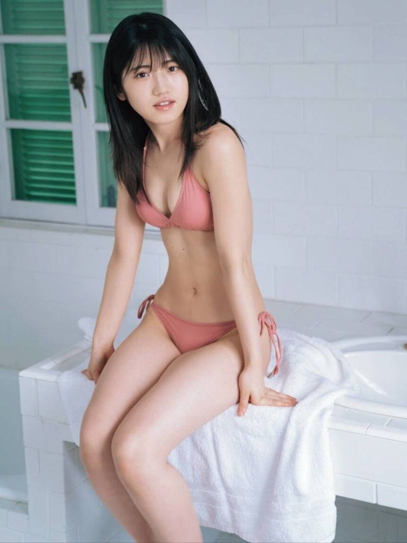 【村山彩希グラビア画像】子役スタートの女子がAKB48アイドルになり今やキャプテン! 11