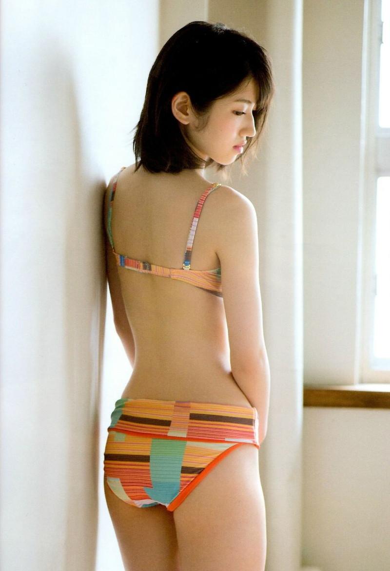 【村山彩希グラビア画像】子役スタートの女子がAKB48アイドルになり今やキャプテン! 44
