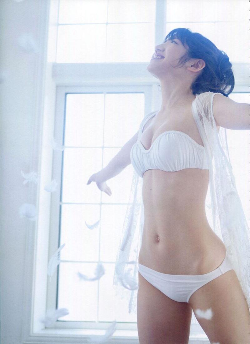 【村山彩希グラビア画像】子役スタートの女子がAKB48アイドルになり今やキャプテン! 70