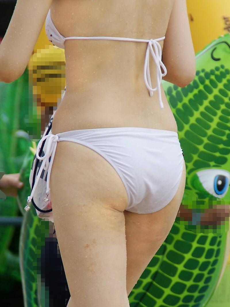 【水着盗撮画像】コロナ自粛でビキニ水着ギャルが見られないならせめてネットで見るかw 53