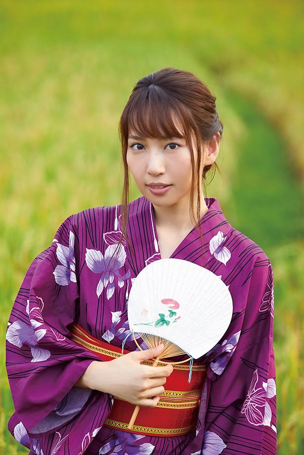 【増田有華エロ画像】視線と谷間がめちゃくちゃセクシーな元AKB48アイドル 06