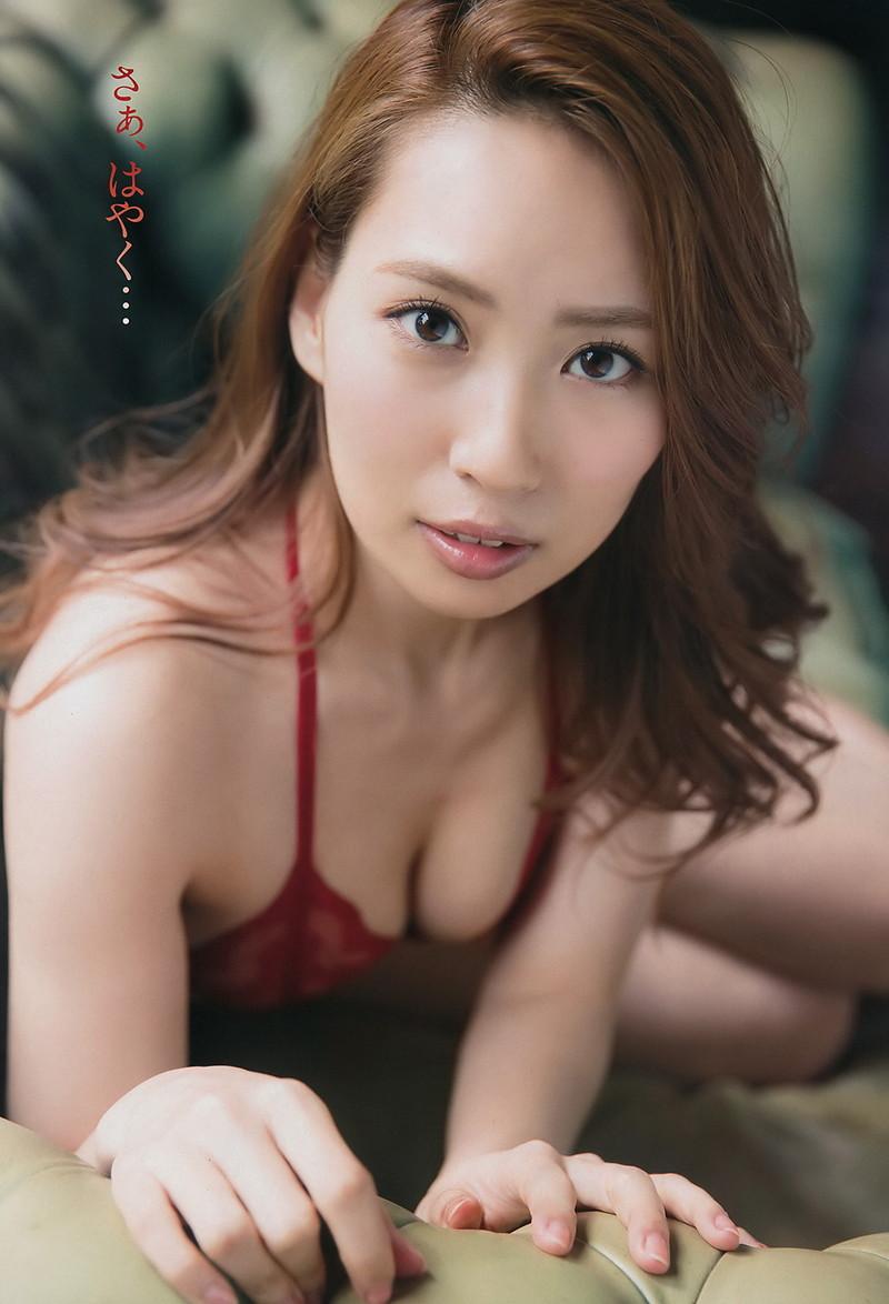 【増田有華エロ画像】視線と谷間がめちゃくちゃセクシーな元AKB48アイドル 43