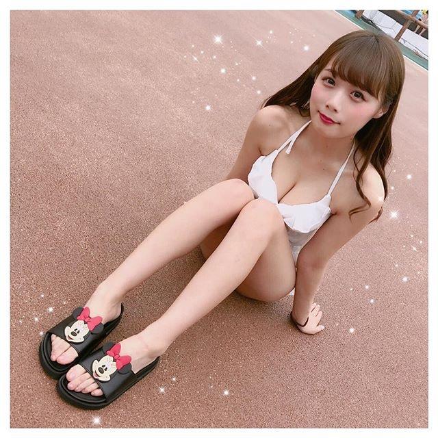 【計良日向子水着エロ画像】アキバ系アイドルグループのタレ目が可愛い巨乳娘! 10