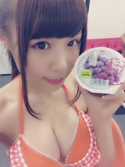 【計良日向子水着エロ画像】アキバ系アイドルグループのタレ目が可愛い巨乳娘! 63