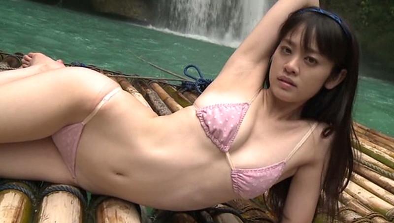 【池田裕子キャプ画像】記者会見で虫を食べるハメになった芸人気質のグラドルwwww 64