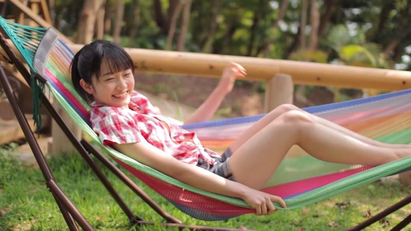 【森戸知沙希エロ画像】モー娘14期美少女アイドルのまだ幼さが残るグラビア写真 05